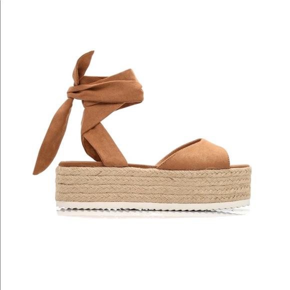 640d3609ce38 Tan Platform sandals ( Fashion Nova )